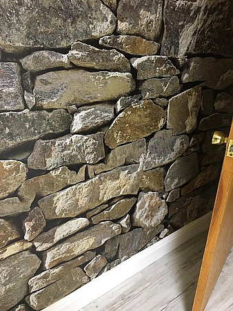 Stone Wall Mural 8-727 roomsetting photo